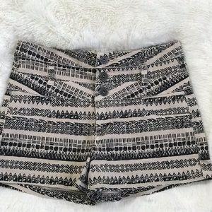 Tinseltown Denim Couture Aztec Print shorts Sz 4